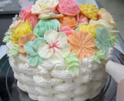 フラワーバスケットケーキ